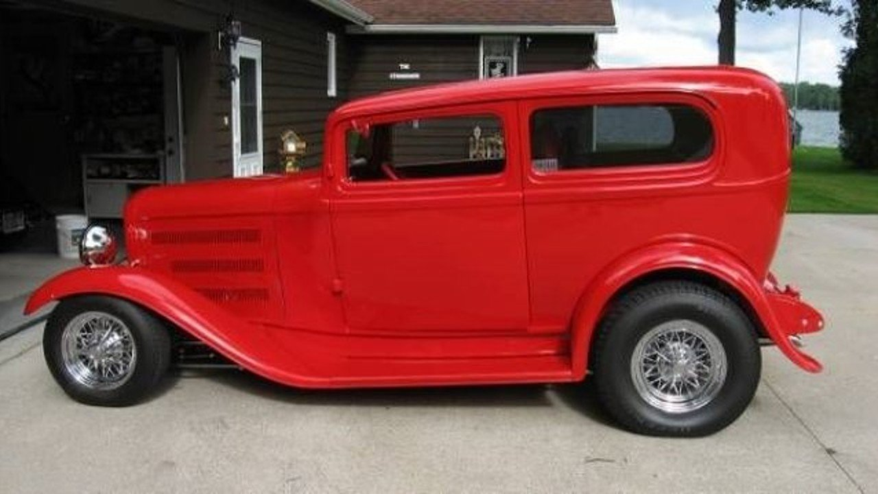 1932 Ford Deluxe Tudor for sale 100822948