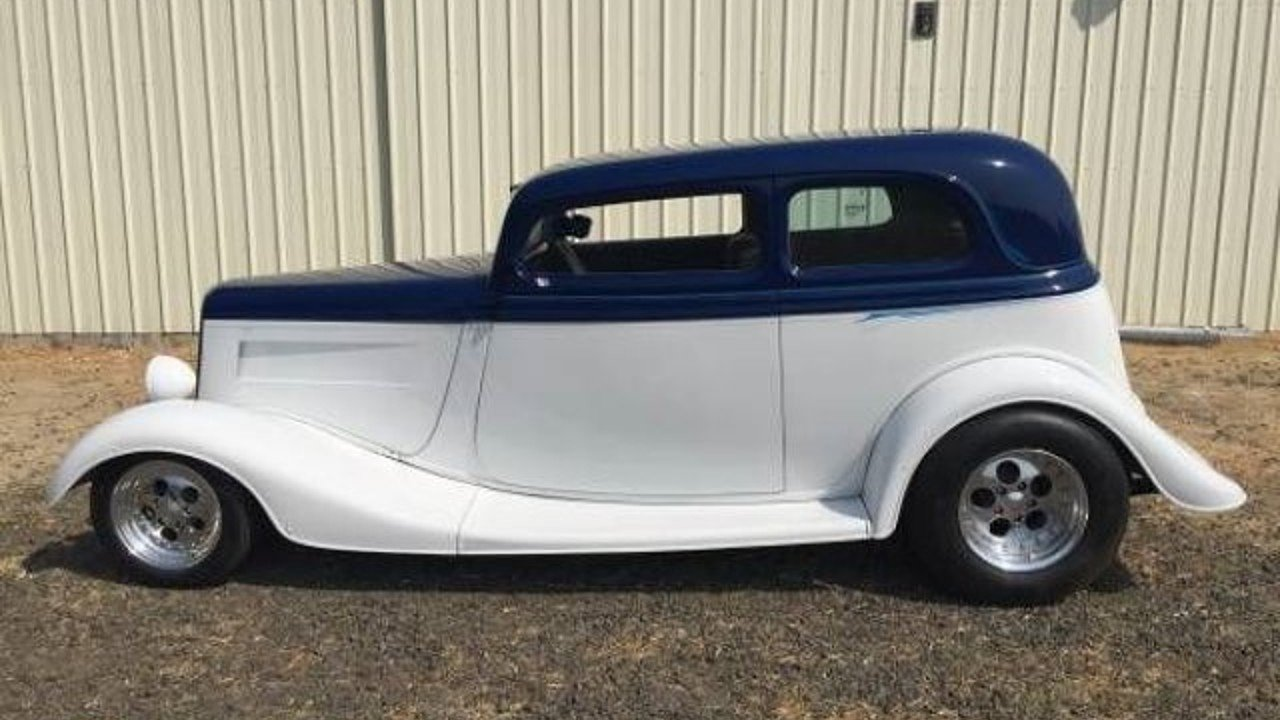 1933 Ford Deluxe Tudor for sale 100822878