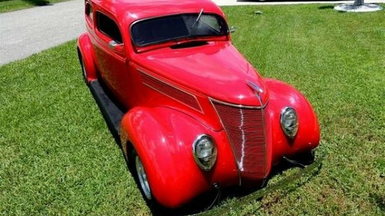 1937 Ford Deluxe Tudor for sale 100822742