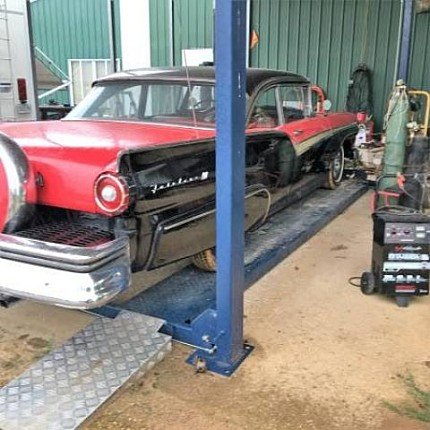 1957 Ford Fairlane for sale 100846181