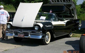 1957 Ford Fairlane for sale 101054830
