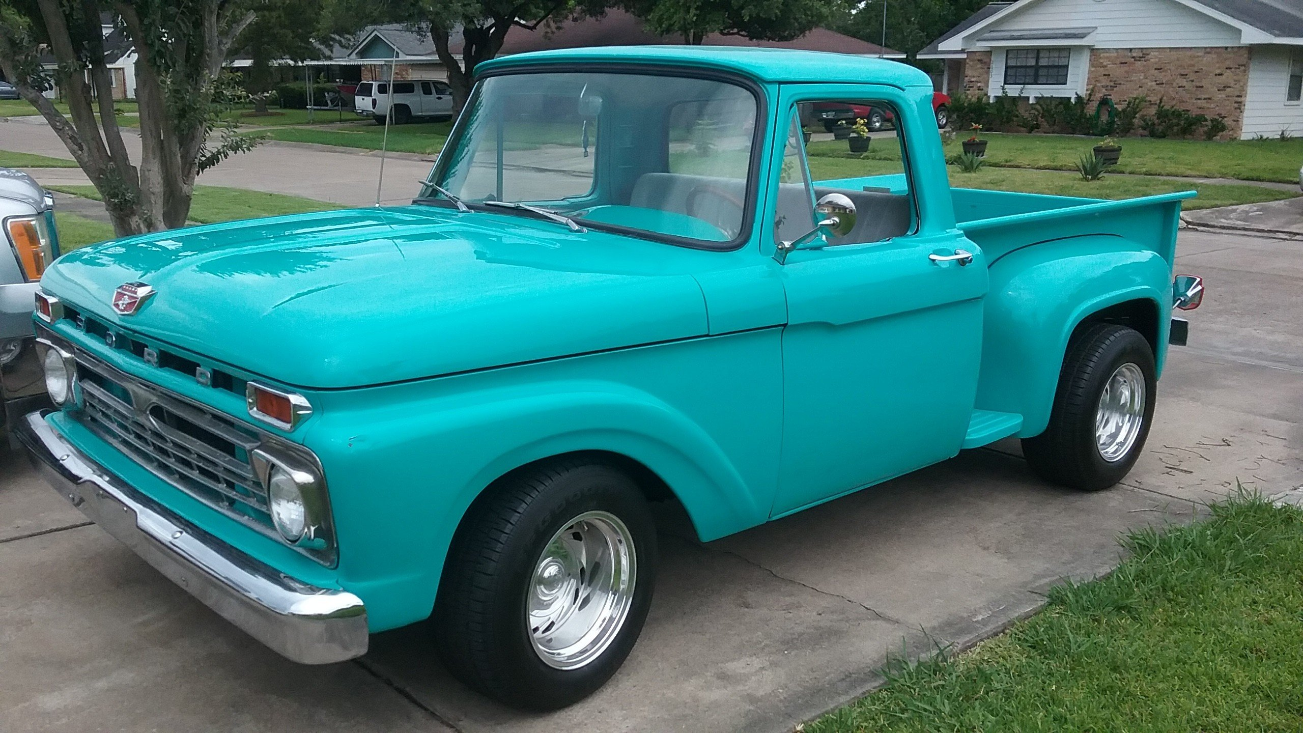 1962 Chevy Truck ....I could almost forgive this guy for being a ...