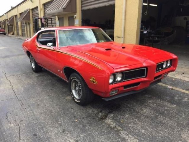 Amazon.com: 1969 Pontiac GTO Judge, Orange - Jada Toys 90217 - 1 ...
