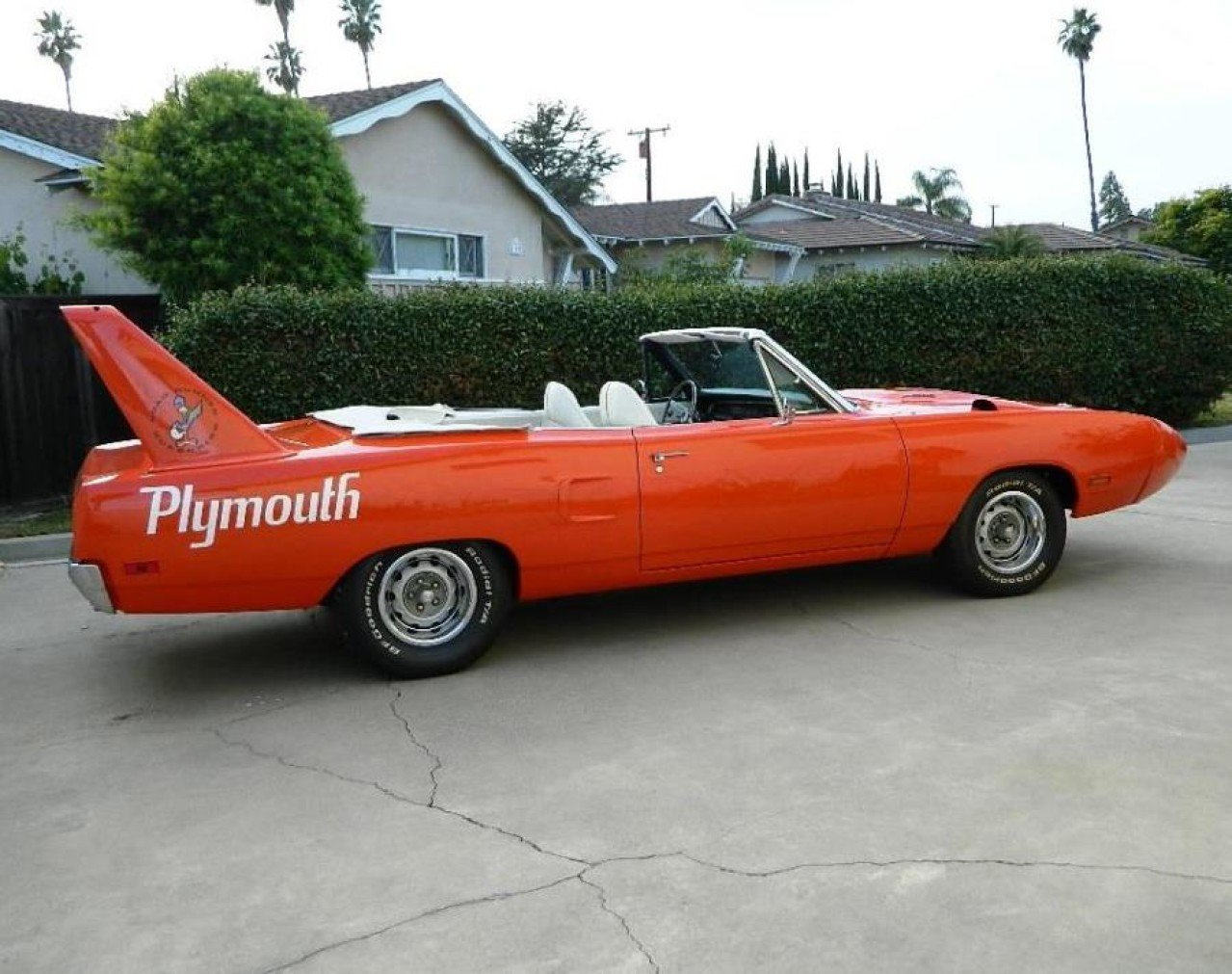The Plymouth Superbird And Dodge Charger Daytona Chrysler ...