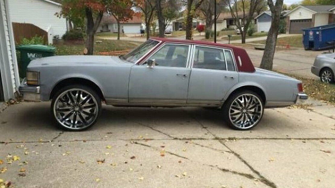 1976 Cadillac Seville for sale 100961910