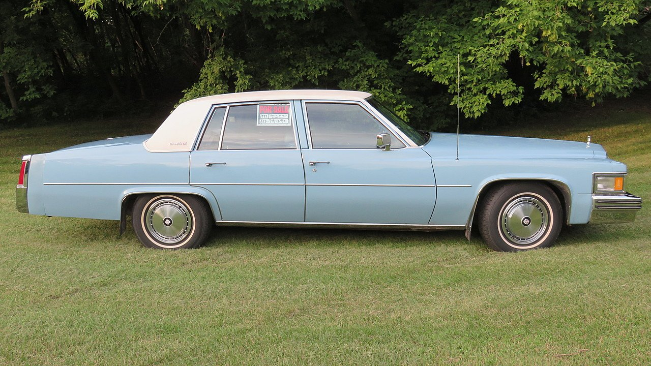 1977 Cadillac De Ville Sedan for sale 101005794