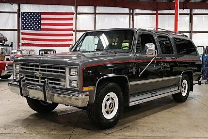 1987 Chevrolet Suburban 2WD 2500 for sale 101002445
