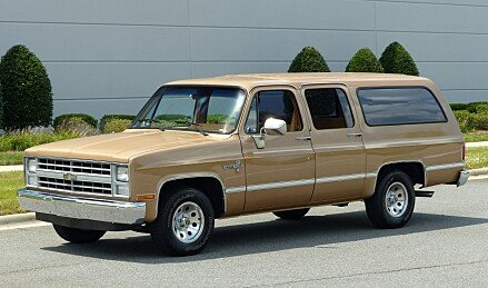 1988 Chevrolet Suburban 2WD for sale 101031156