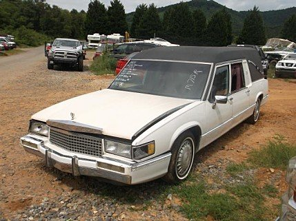 1989 Cadillac Fleetwood for sale 100293079