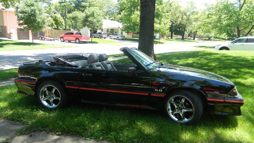 1989 mustang gt convertible value