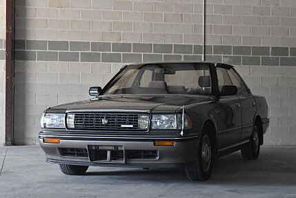 1990 Toyota Crown for sale 100911845