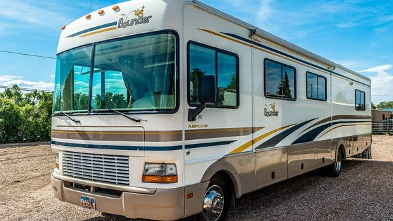 2001 Fleetwood Bounder for sale 300140933