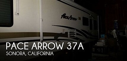 2001 Fleetwood Pace Arrow for sale 300156188