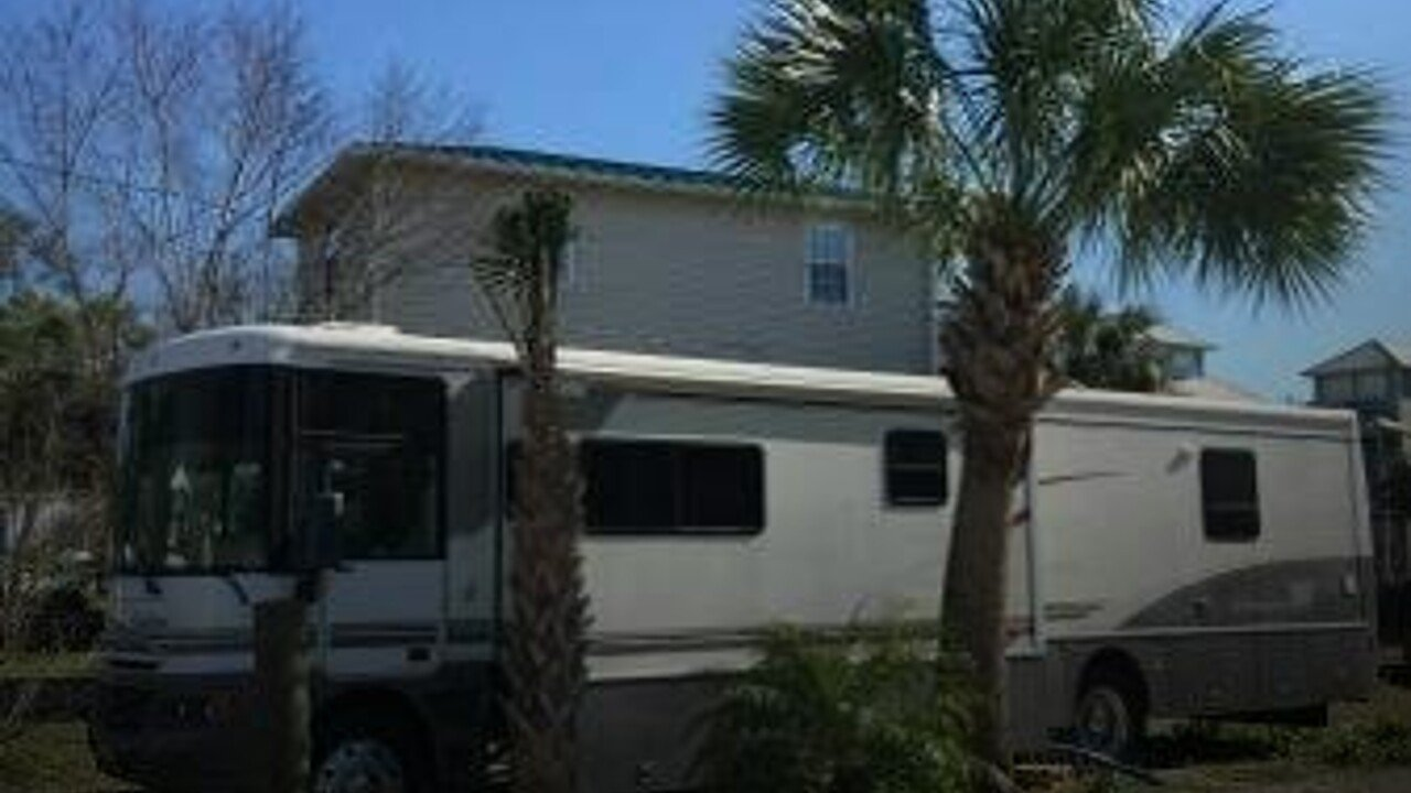 2002 Winnebago Chieftain for sale 300127640