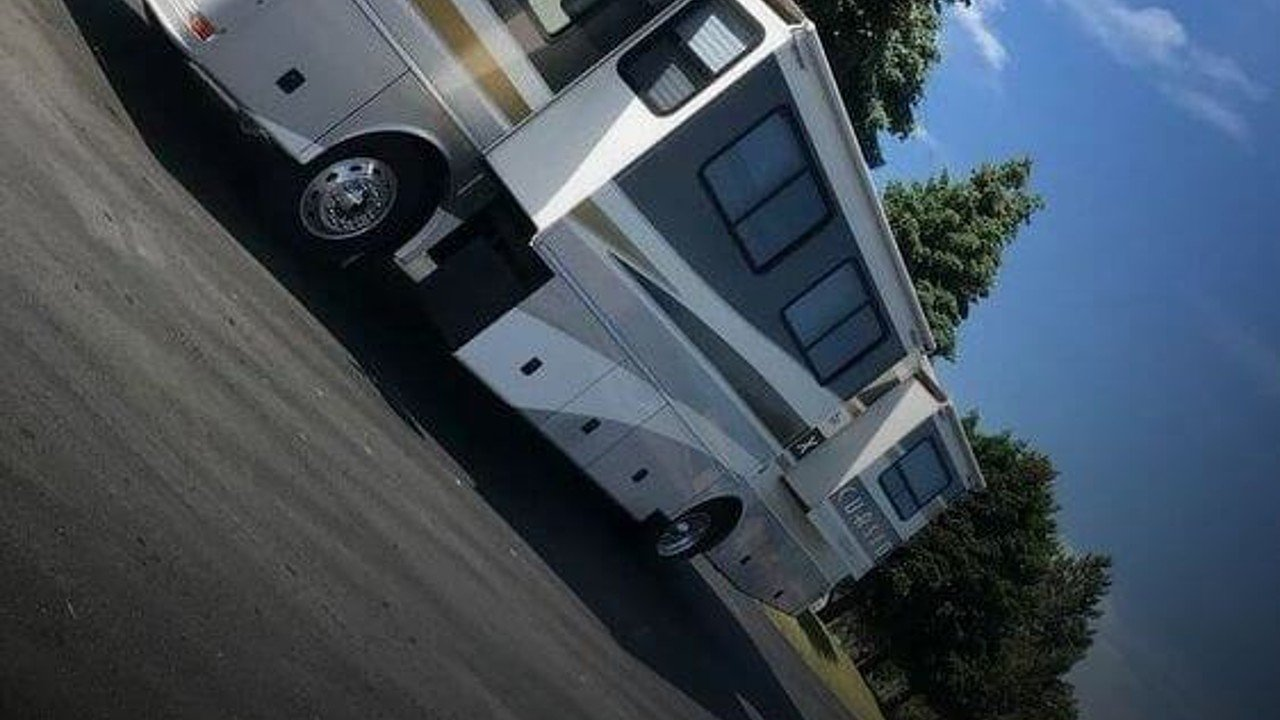 2003 Fleetwood Excursion for sale 300167710