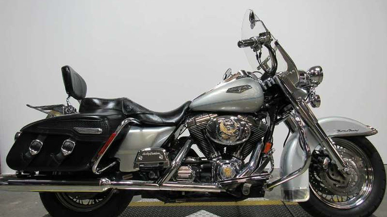 2004 Harley-Davidson Touring for sale 200436635