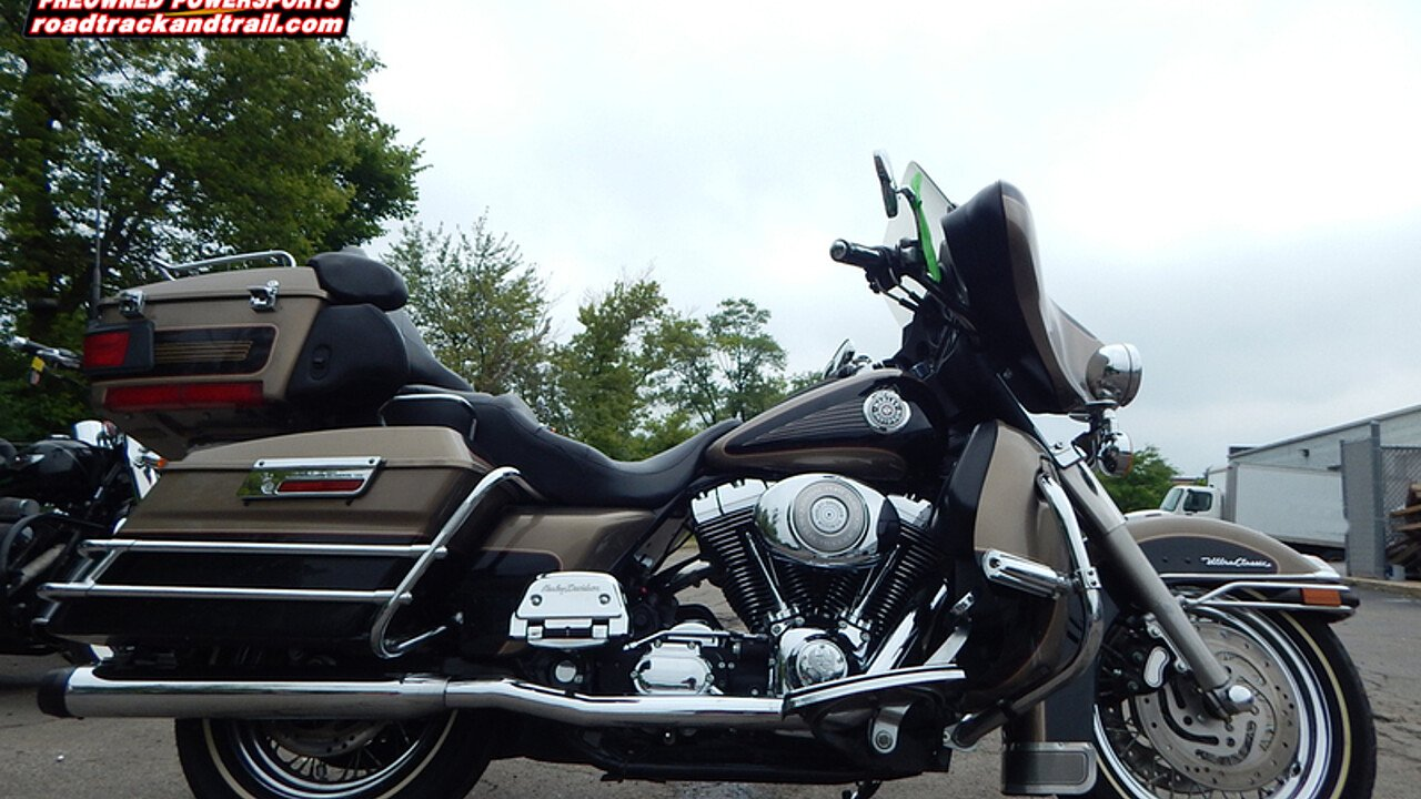2004 Harley-Davidson Touring for sale 200599068