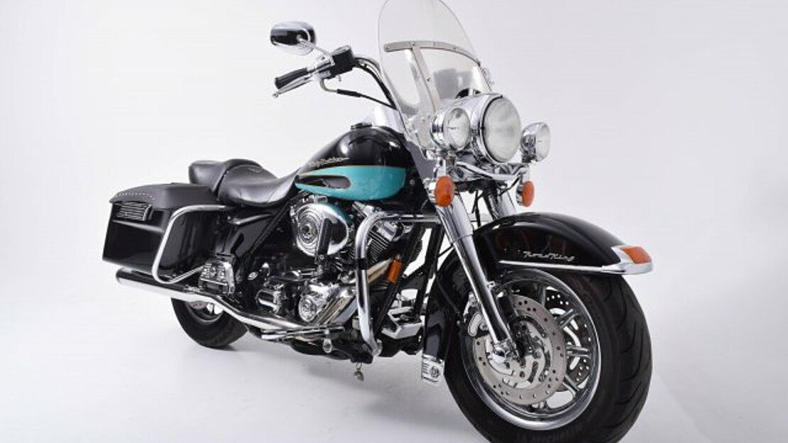 2004 Harley-Davidson Touring for sale 200621659