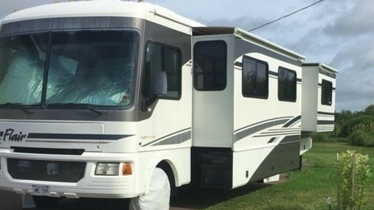 2004 fleetwood Flair for sale 300170983
