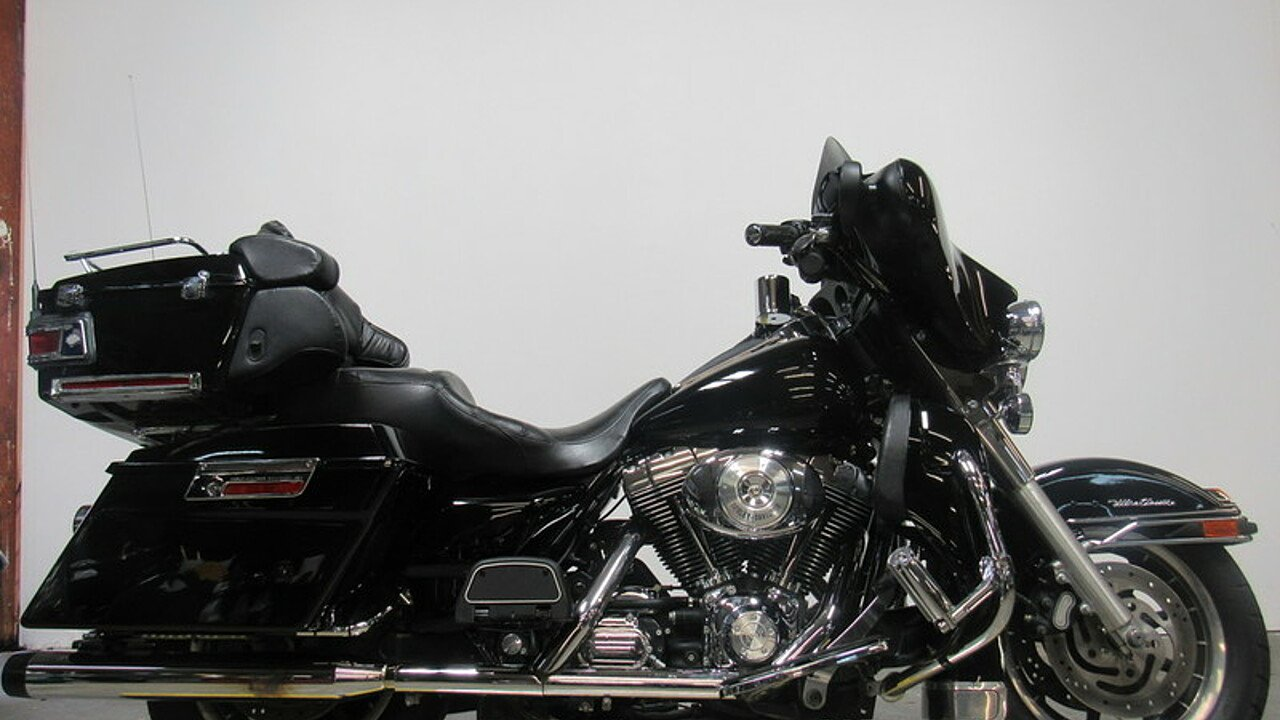 2005 Harley-Davidson Touring for sale 200502825