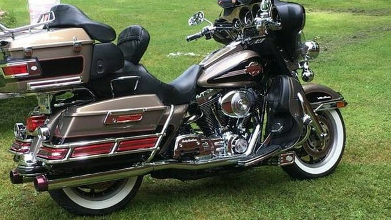 2005 Harley-Davidson Touring for sale 200563665