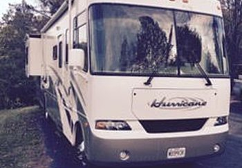 2005 four-winds Hurricane for sale 300165053