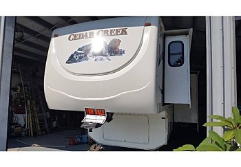 2009 cedar-creek Silverback for sale 300152112