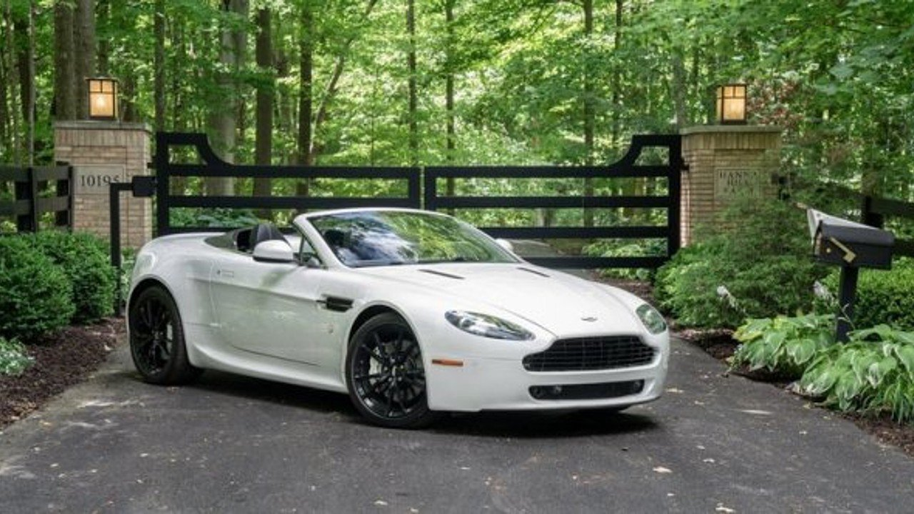 2010 Aston Martin V8 Vantage Roadster for sale 100999198