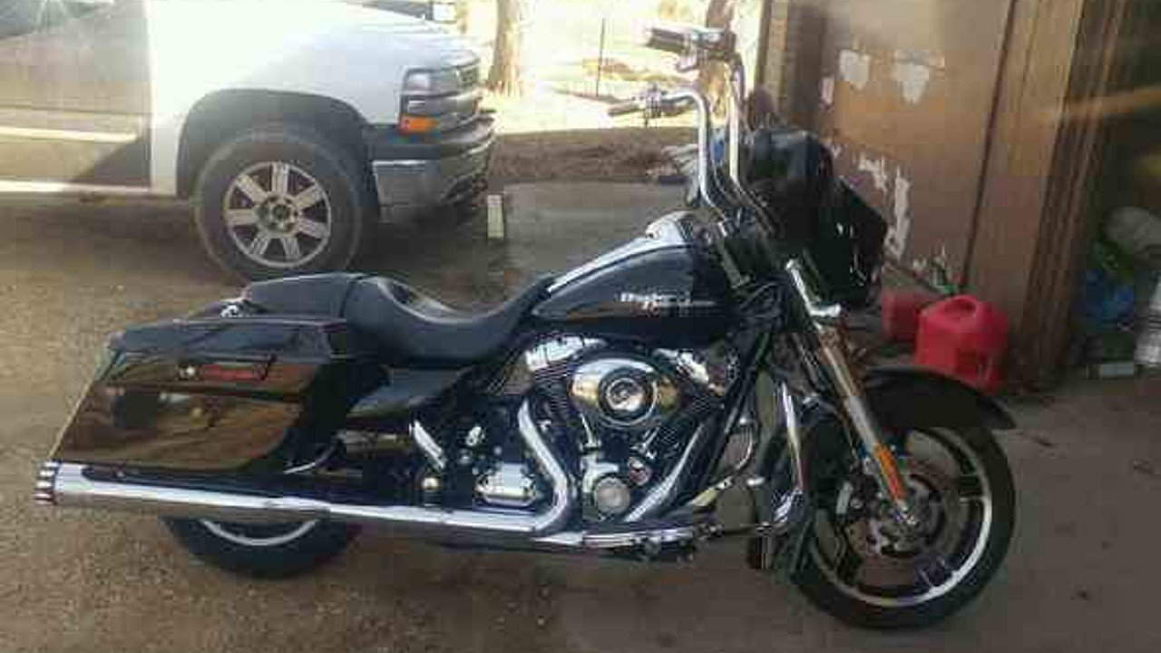 2010 Harley-Davidson Touring for sale 200424444