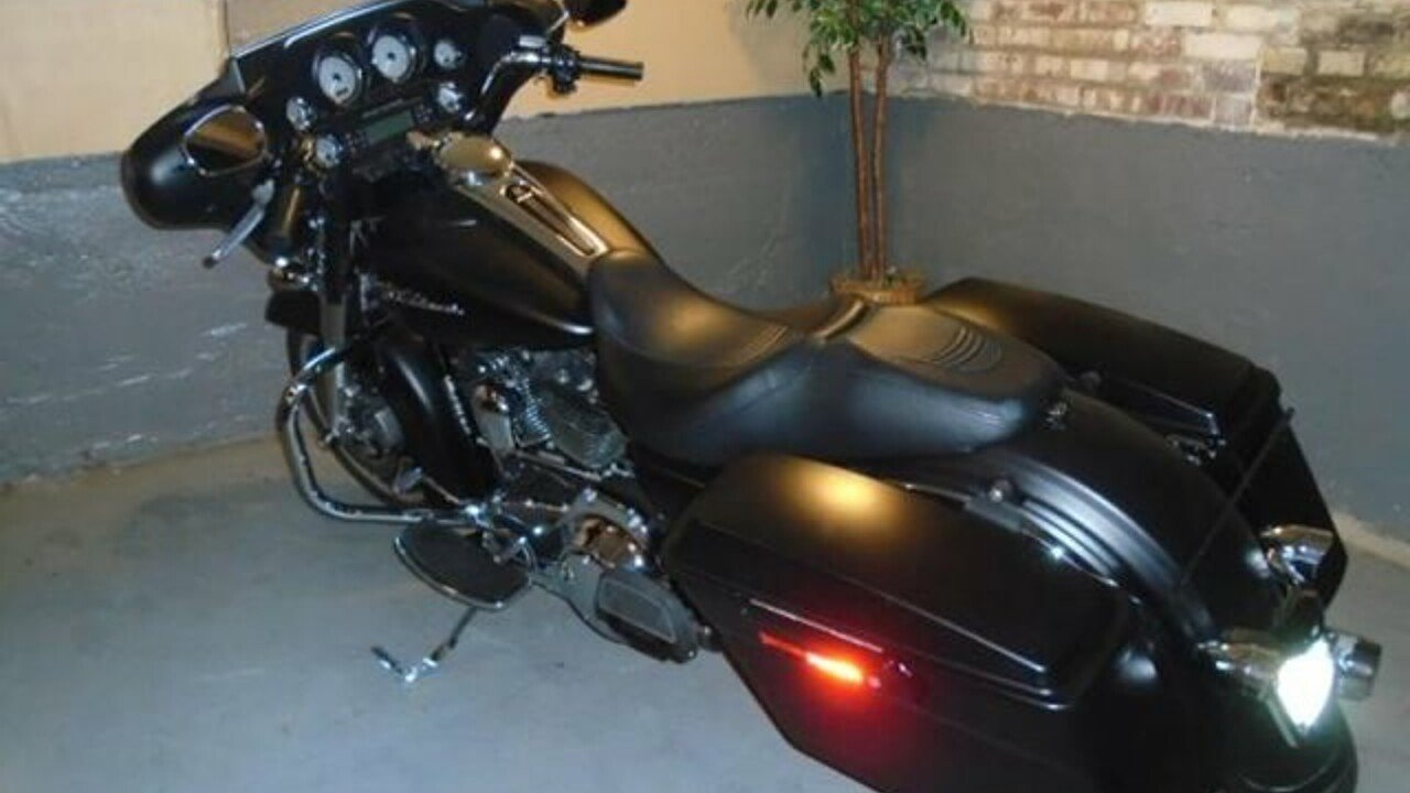 2010 Harley-Davidson Touring for sale 200486004