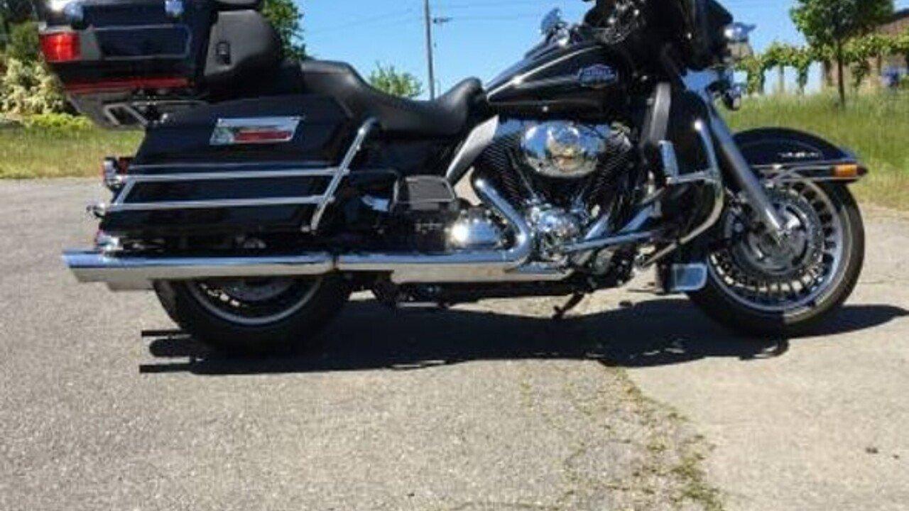 2011 Harley-Davidson Touring for sale 200460104