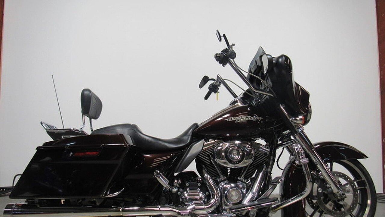 2011 Harley-Davidson Touring for sale 200527828