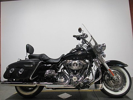 2011 Harley-Davidson Touring for sale 200502830
