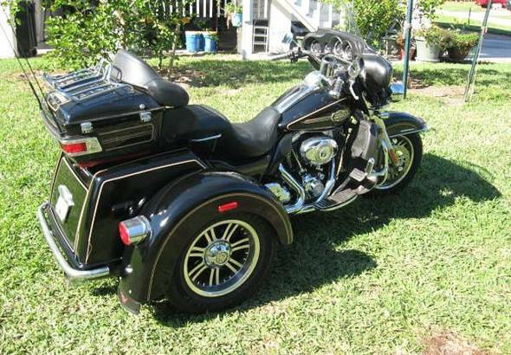 2011 harley davidson trike for sale near las vegas nevada 89119 motorcycles on autotrader. Black Bedroom Furniture Sets. Home Design Ideas