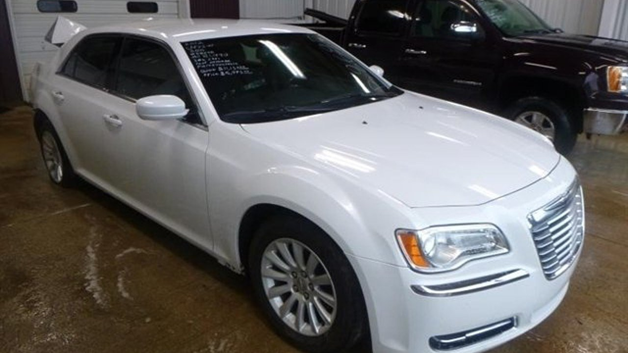 2012 Chrysler 300 for sale 100982671