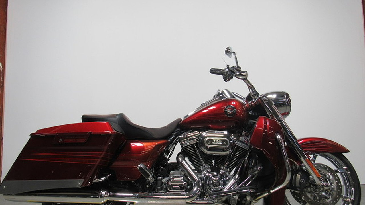 2013 Harley-Davidson Touring for sale 200525070