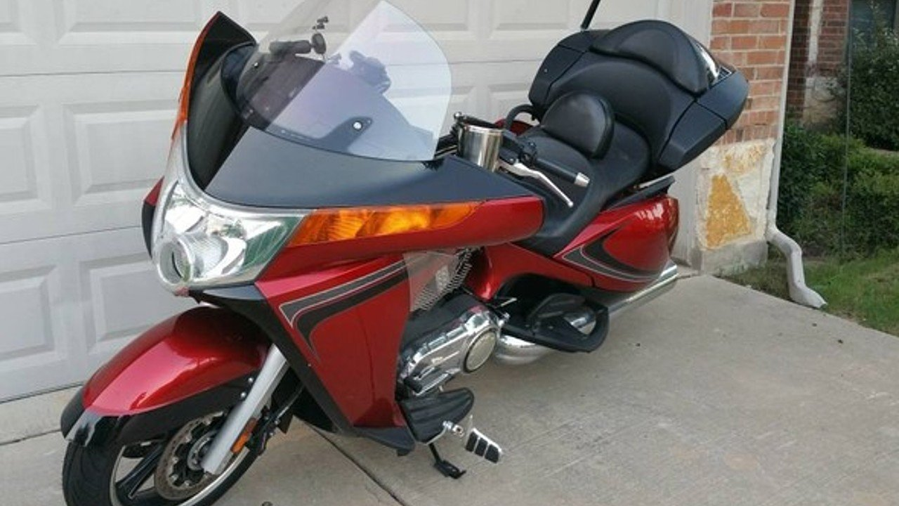 2013 Victory Vision Tour for sale 200482499