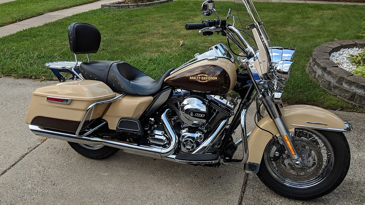 2014 Harley-Davidson Touring for sale 200615820
