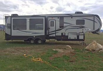 2015 Keystone Avalanche for sale 300136297