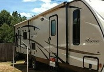 2016 Coachmen Freedom Express for sale 300142345