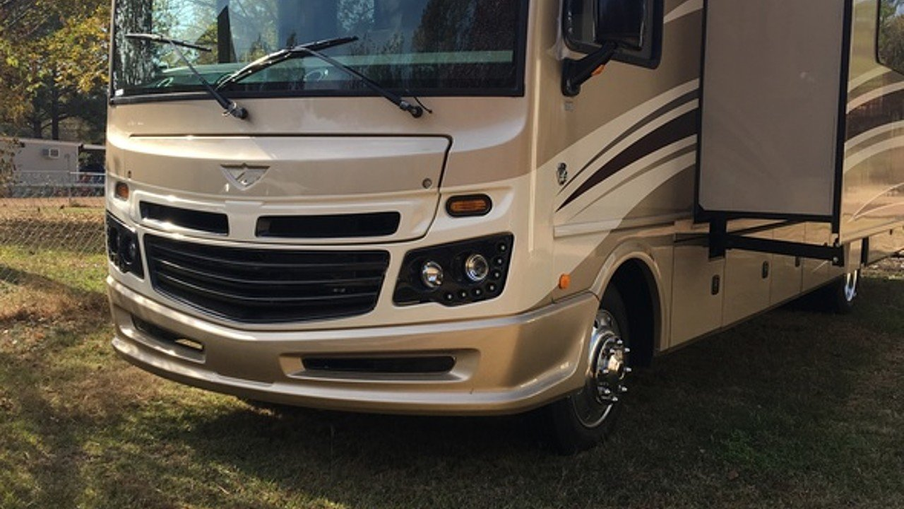 2016 Fleetwood Bounder for sale 300133417