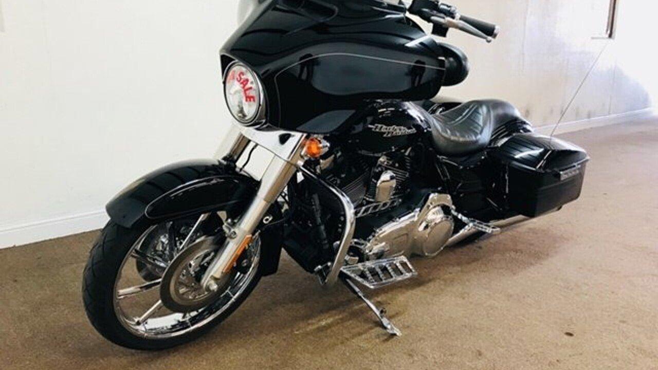 2016 Harley-Davidson Touring for sale 200517024