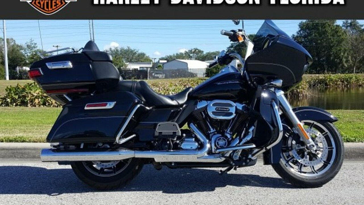 2016 Harley-Davidson Touring for sale 200523424