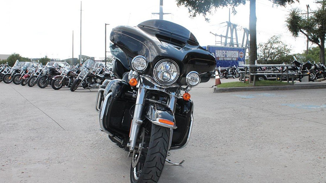 2016 Harley-Davidson Touring for sale 200628888