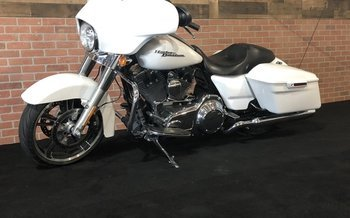 2016 Harley-Davidson Touring for sale 200600918