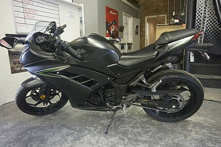 2016 Kawasaki Ninja 300 for sale 200532834