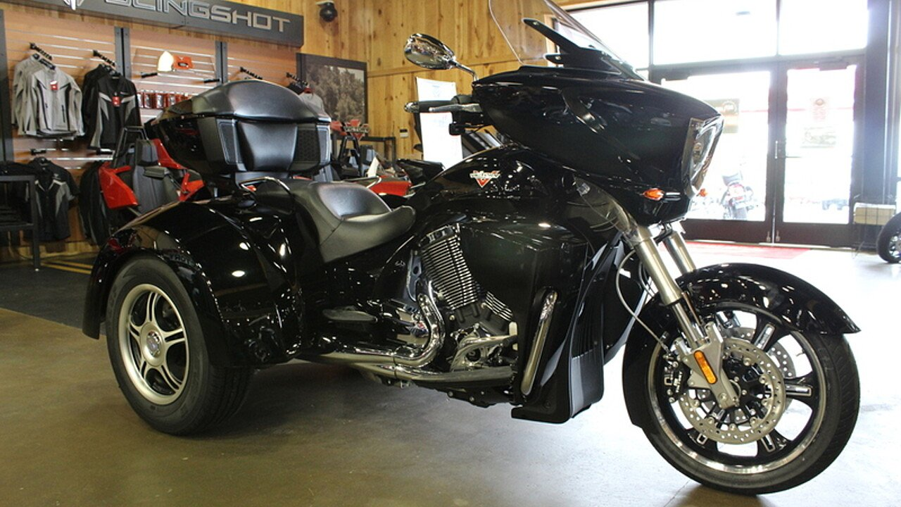 2016 Victory Cross Country for sale 200404262