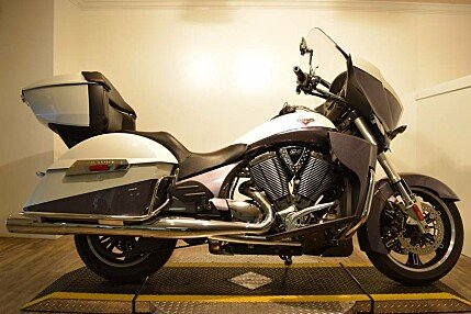2016 Victory Cross Country for sale 200491212