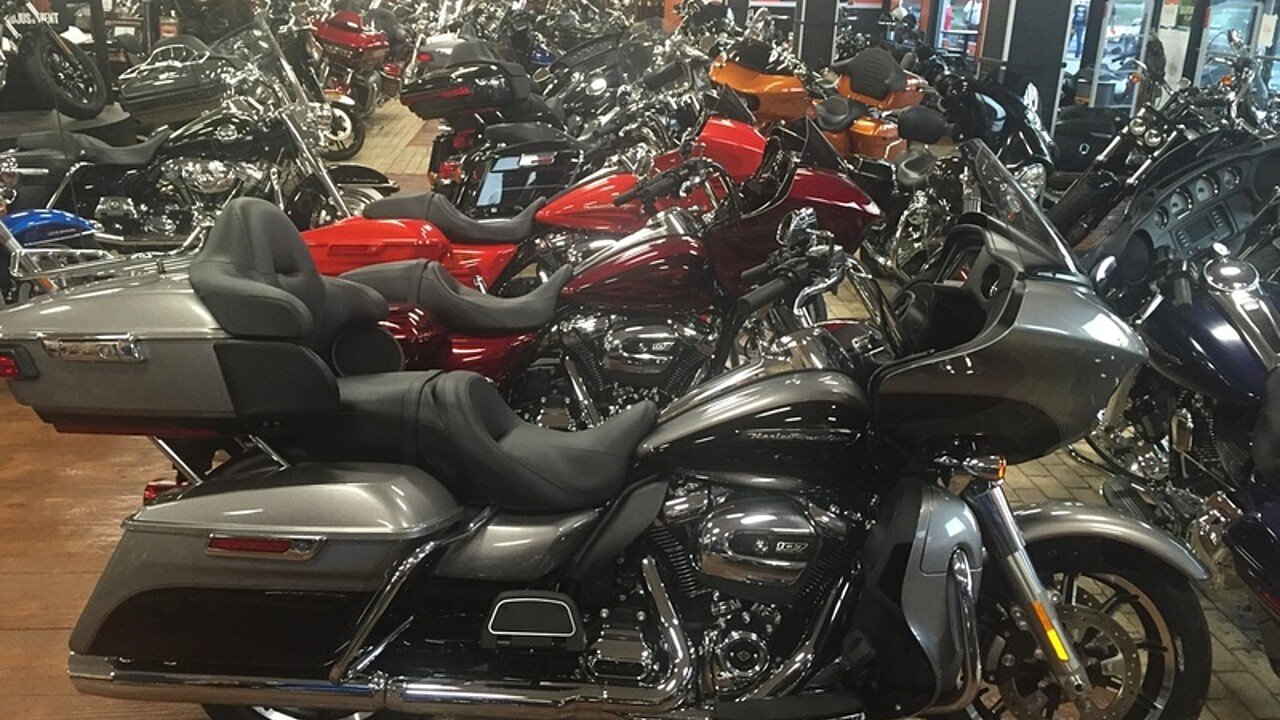 2017 Harley-Davidson Touring for sale 200478592