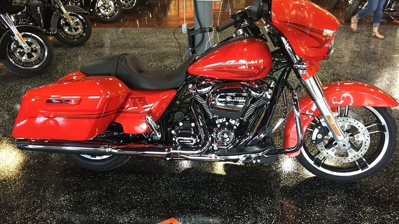 2017 Harley-Davidson Touring for sale 200480039